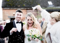 BASSMEAD_MANOR_BARNS_WEDDING_PHOTOGRAPHER_LAURA_AND_JAMES-454